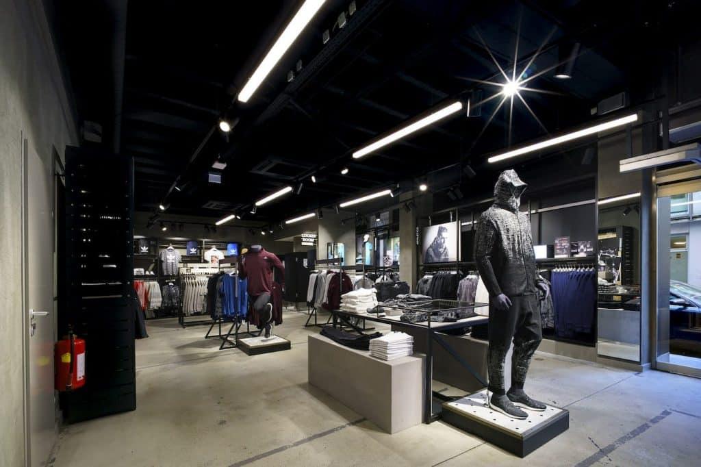 Adidas Österreich - Ladeneinrichtung | Ladenbau