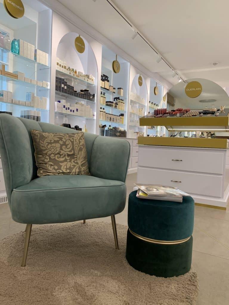 Ausstattung der Luxus Parfumerie